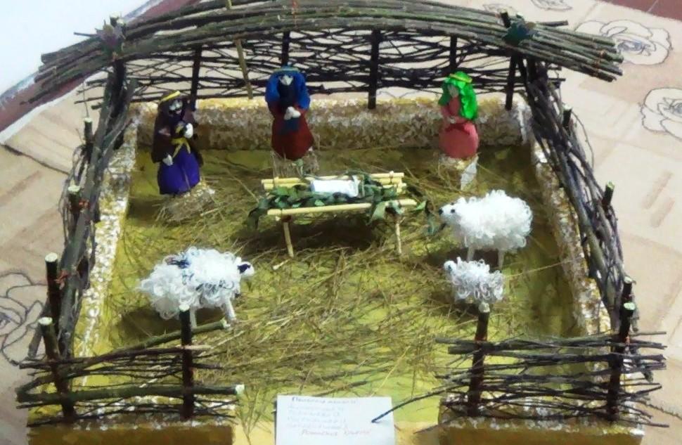 В тобольской женской колонии состоялась выставка прикладных работ осуждённых, посвященных празднованию Рождества Христова